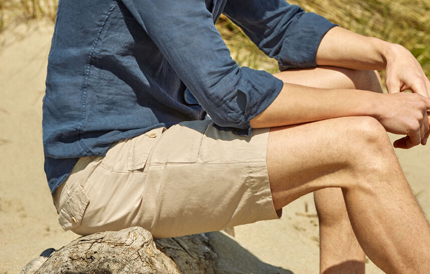 Bermuda shorts lovers!