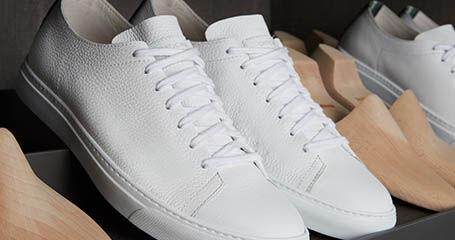 メンズスニーカーの靴