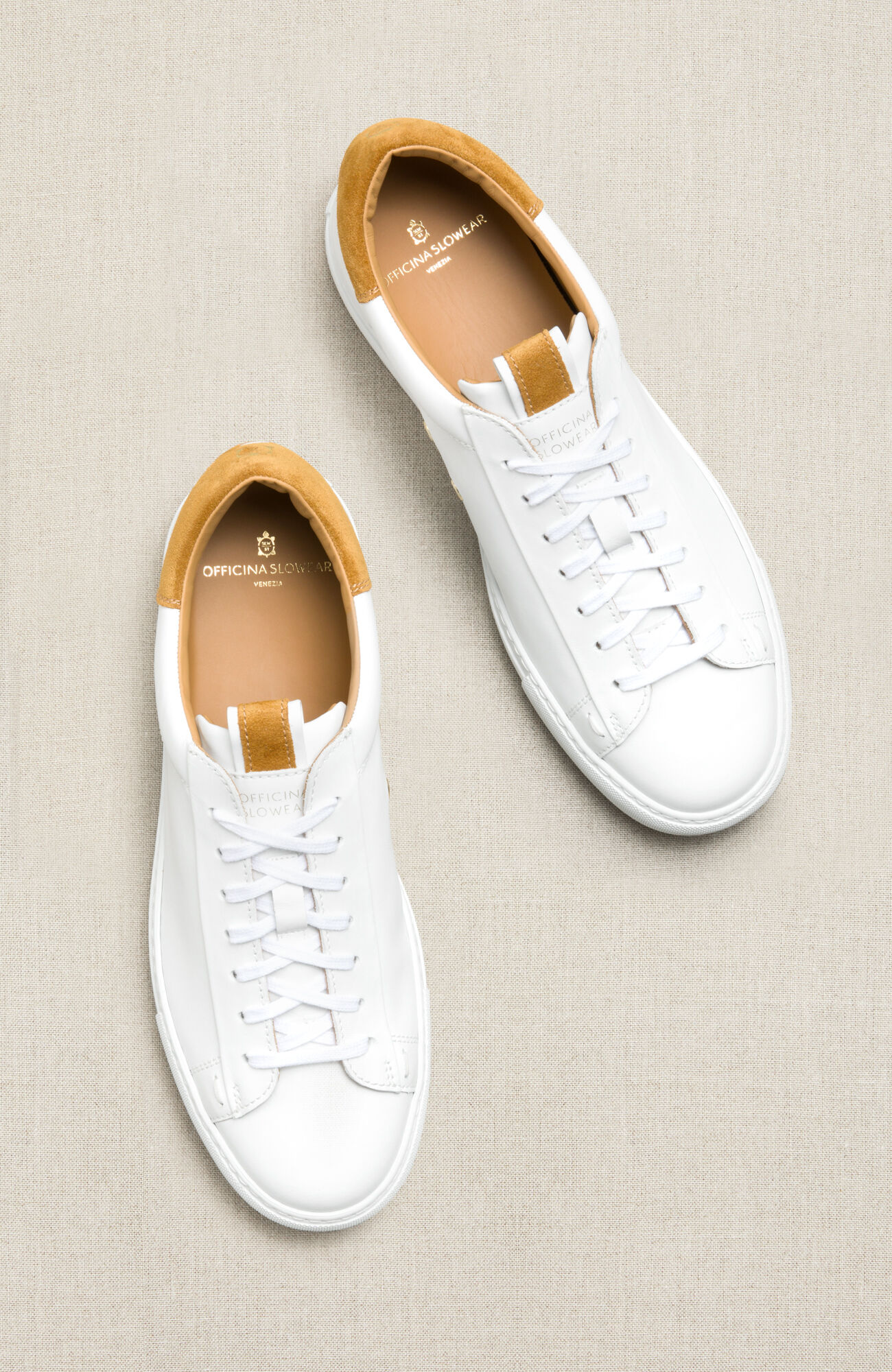 Leather trainers with mustard yellow