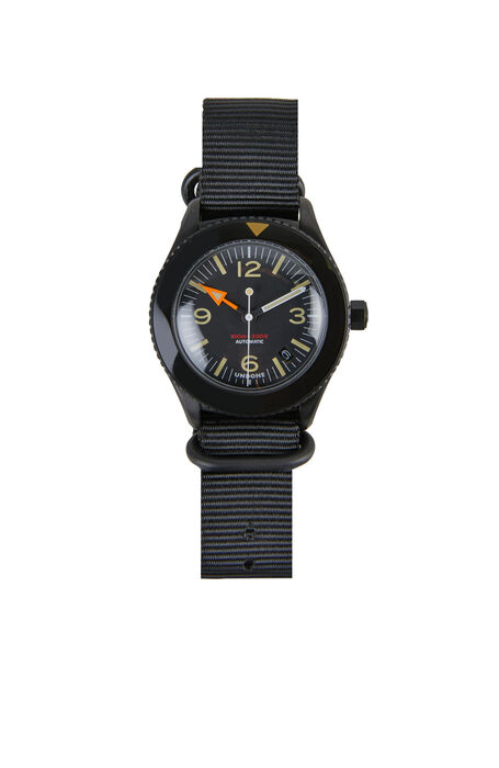 Automatic diving watch with stainless steel case  , Undone | Slowear