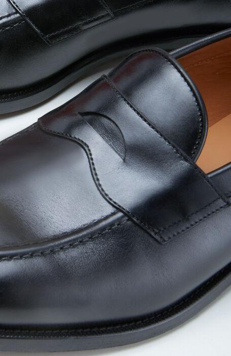 Loafers in black calfskin leather , Officina Slowear | Slowear